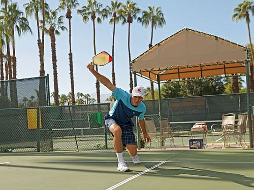 How Playing Pickleball Improves Health